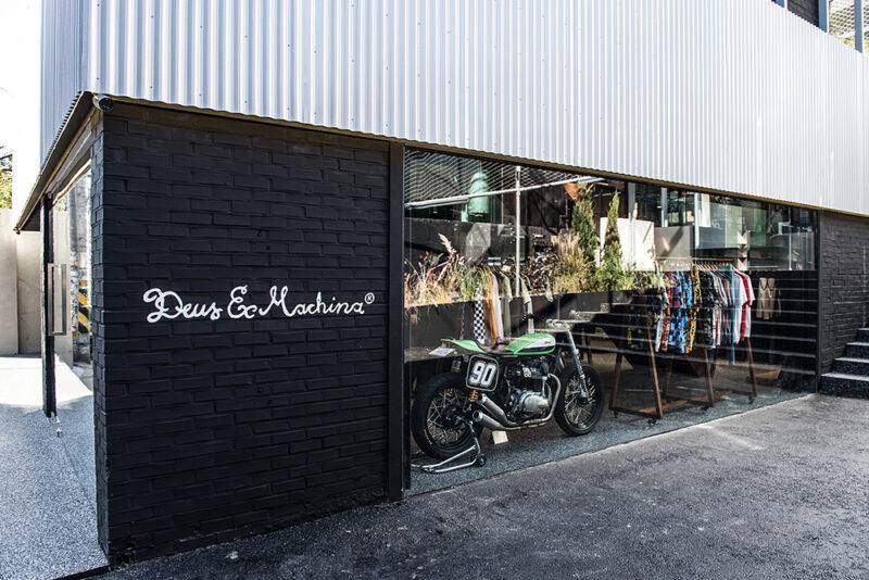 Новый магазин и кафе Deus Ex Machina в Сеуле