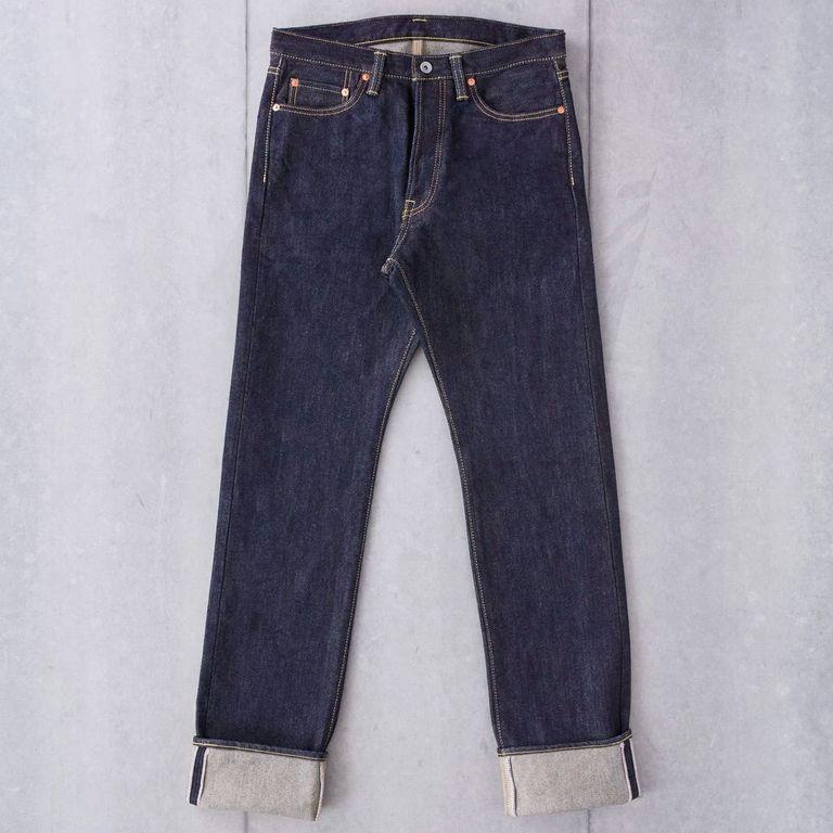 Подшитые джинсы цепным стежком