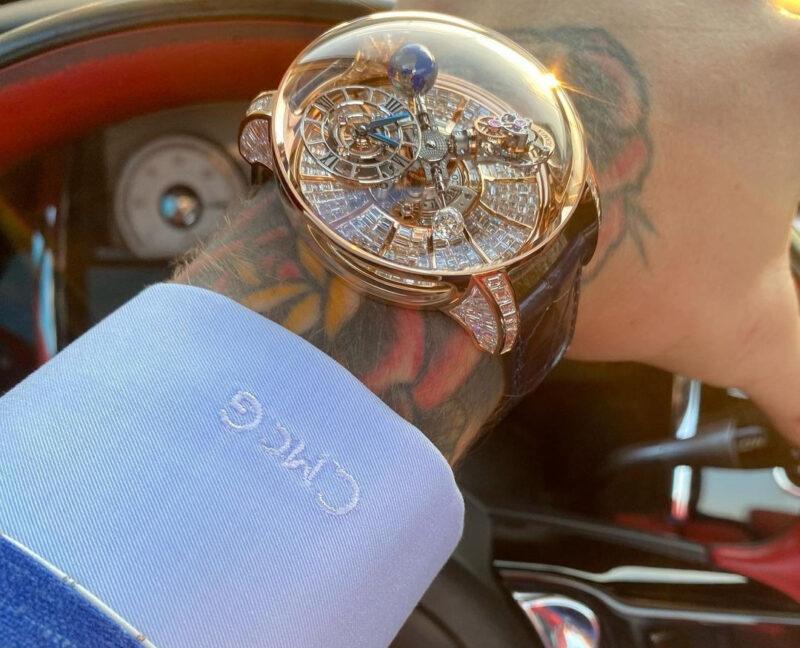 Часы Конора МакГрегора за 1 миллион долларов