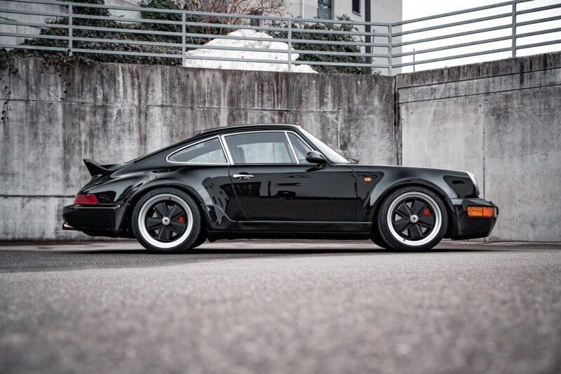 Рестомод Porsche 964 от компании ARES Design
