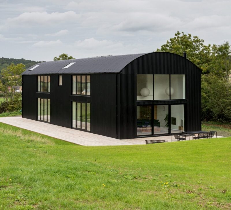 Дизайн дома DUT18 в стиле барн