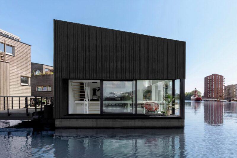 Голландское бюро i29 представило энергоэффективный плавучий дом