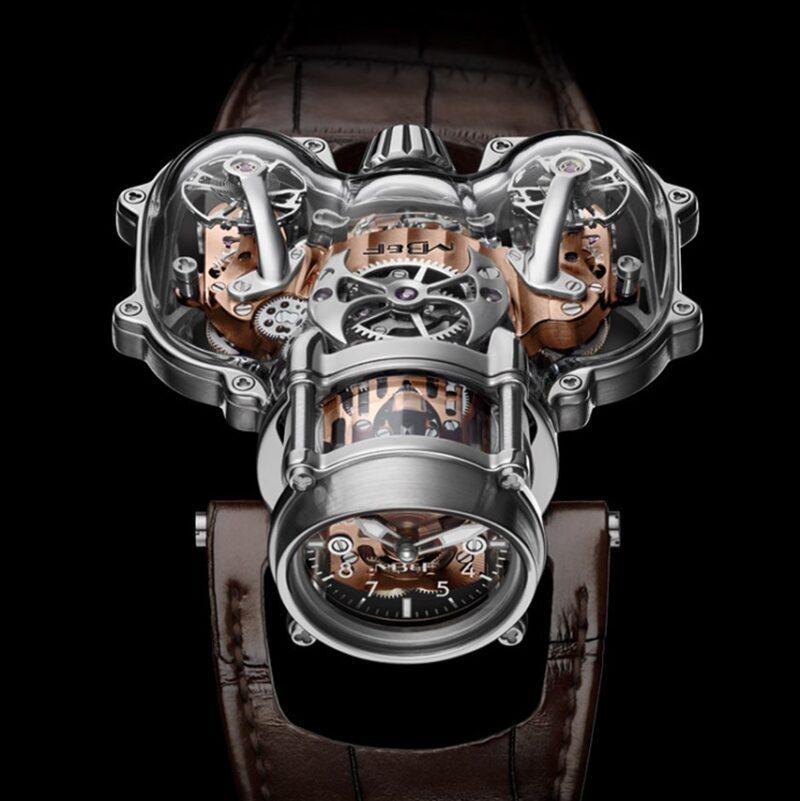 Часы MB&F HM9 Sapphire Vision в прозрачном корпусе оригинальной формы