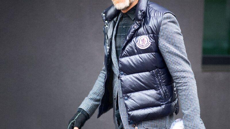8 способов носить и сочетать жилет с одеждой