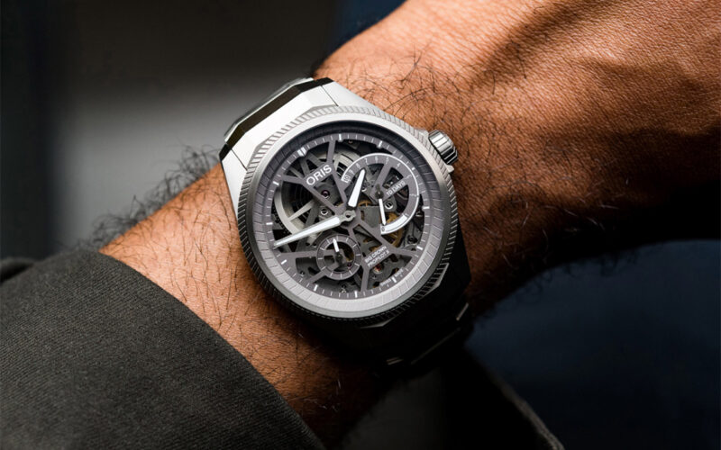 Лучшие часы скелетоны в различных ценовых категориях