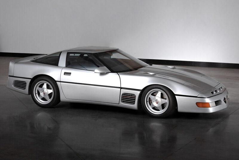 Аукционный Chevrolet Corvette 1988 года «Project SledgeHammer»