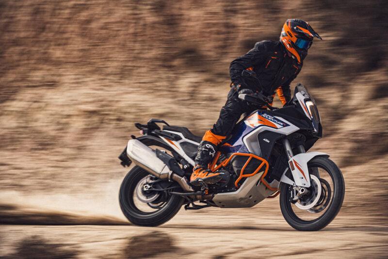 12 лучших туристических мотоциклов