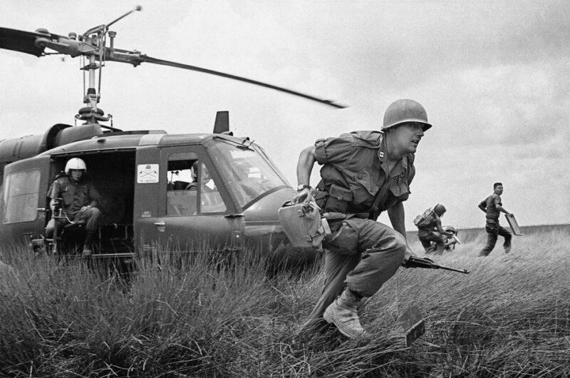 Пять видов военной одежды, изменивших современную моду