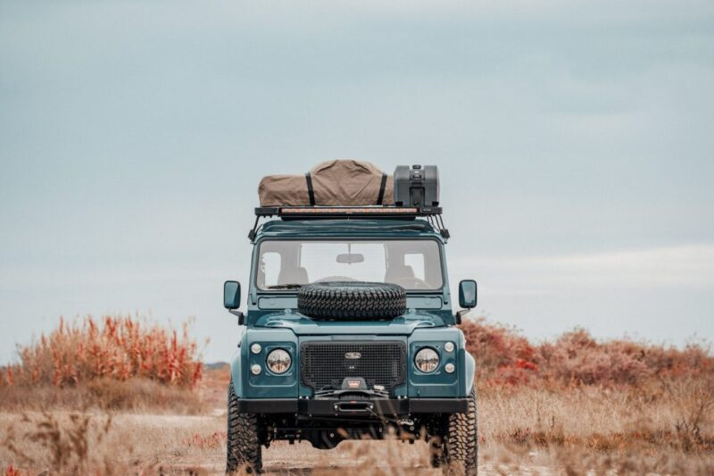 Land Rover Defender 110 1995 года от Cool & Vintage