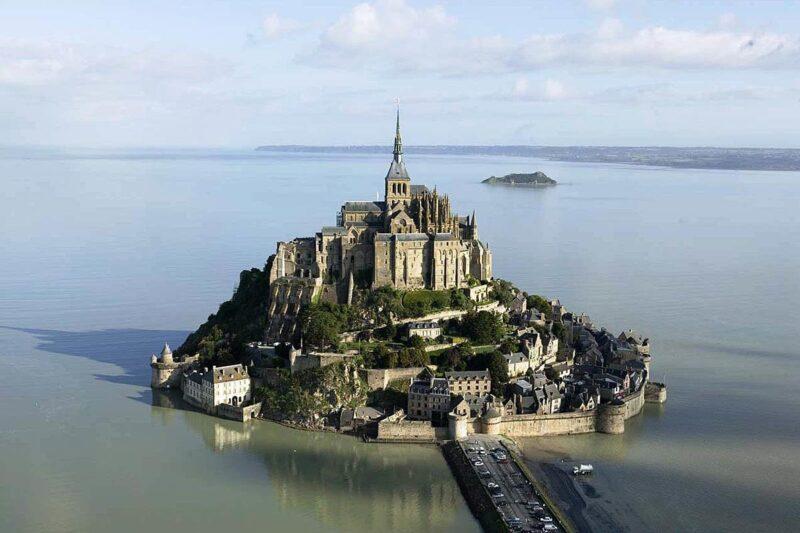 Топ-25 королевских замков по всему миру