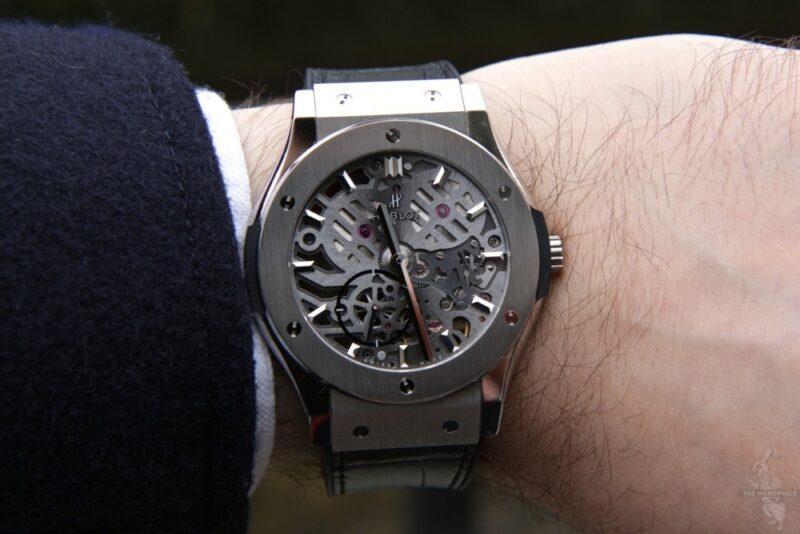 10 лучших мужских часов-скелетонов