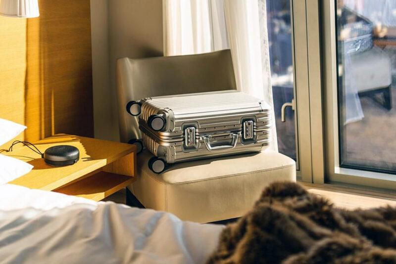 10 лучших алюминиевых чемоданов
