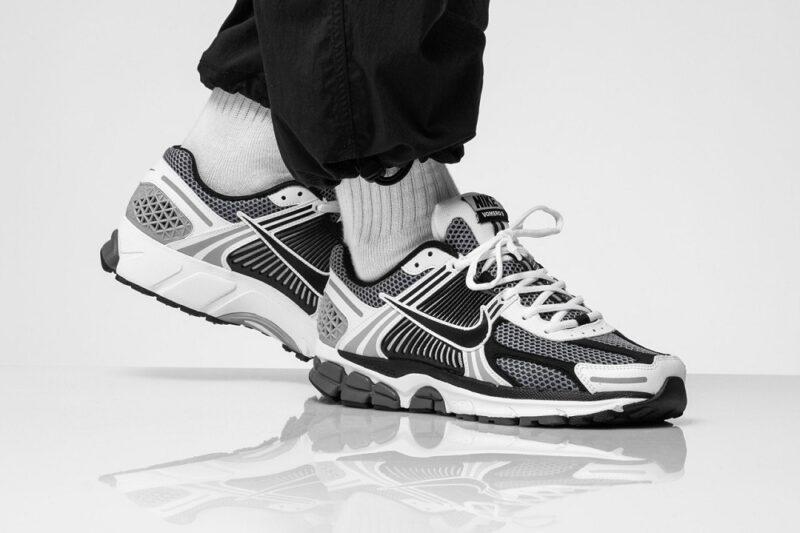 Как купить удобные кроссовки на широкую ногу