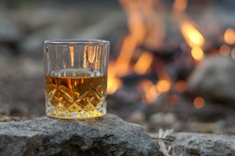 Полное руководство по стилям и выбору виски