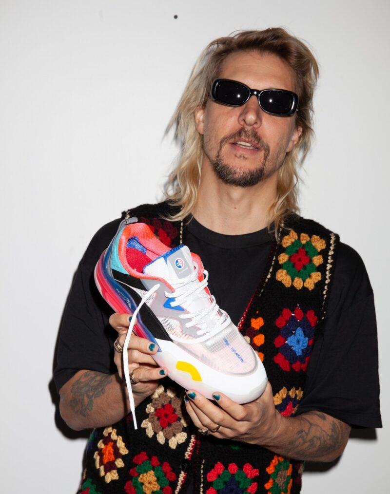 Erik Ellington и Li-Ning представили кроссовки для скейтбординга Signature Model