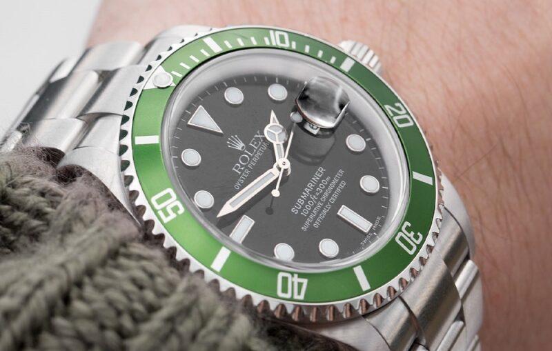 Почему наручные часы такие дорогие?
