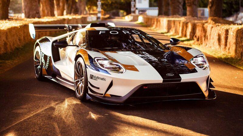 12 самых быстрых американских автомобилей