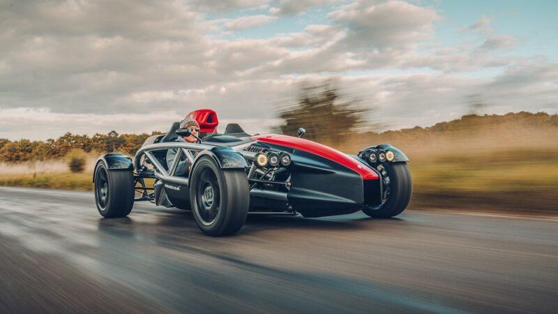 Ariel Atom 4: британский спорткар для трека